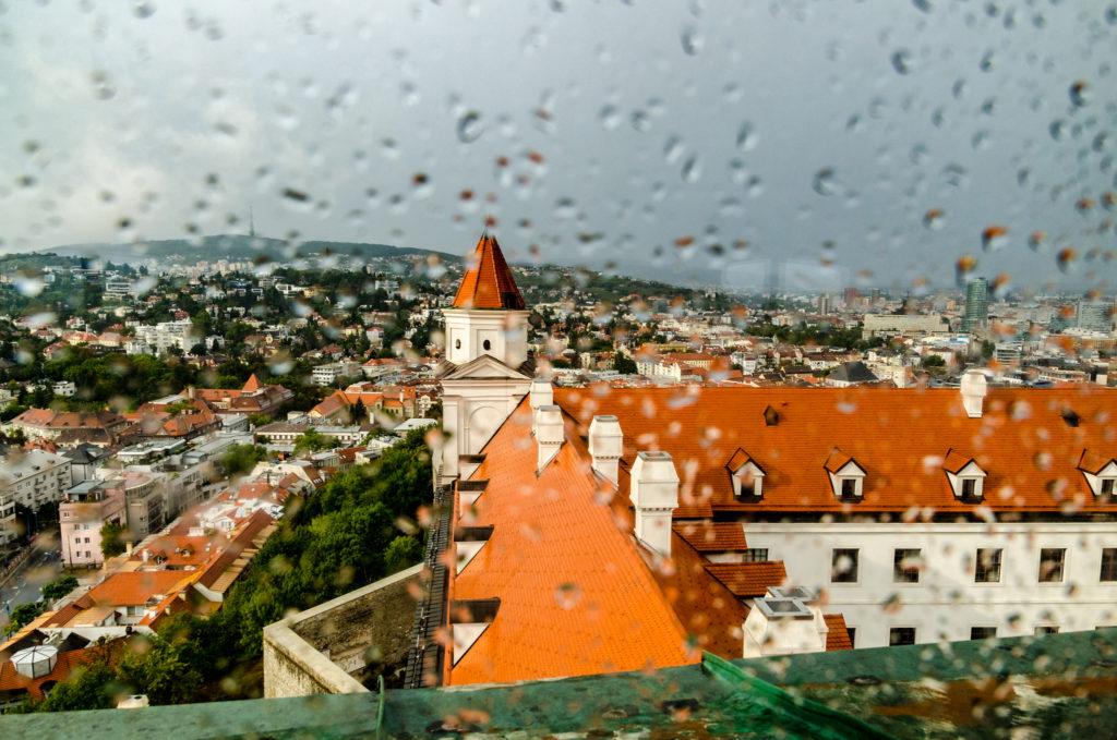 La città vista dal castello di Bratislava