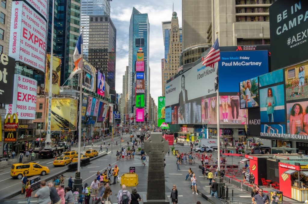 Times Square New York - Low Cost